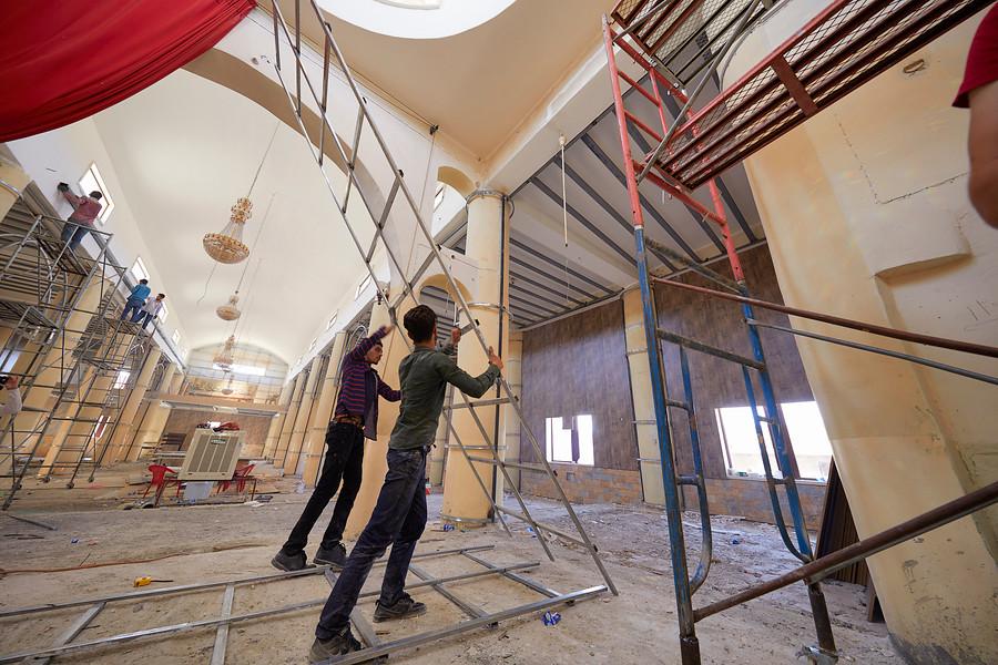 Jaco Klamer ACN_Rekonštrukcia Kostola sv. Juraja v Meste Alqosh