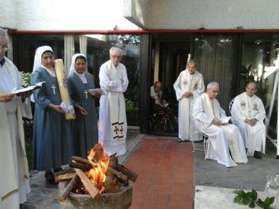 Uruguaj: Prejav vďaky osemnástim starším kňazom v domove seniorov