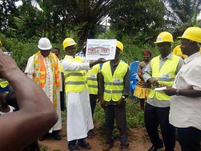 Ghana: Vytúžená kaplnka. Bude?