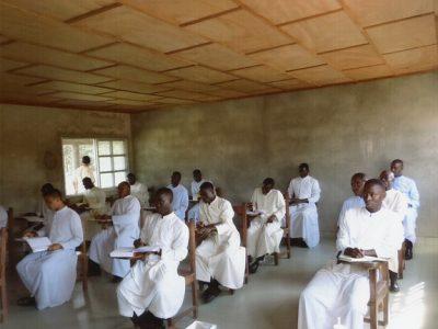 Libéria: Duchovné cvičenia pre kňazov