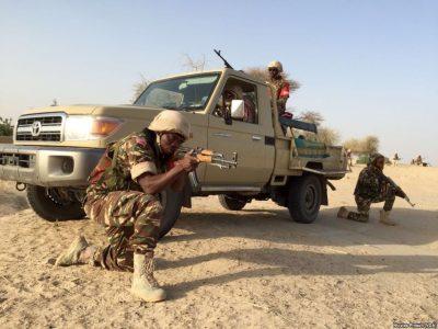 Boko Haram v Kamerune unieslo ženy a odrezalo im uši. Muži v noci nespia, striedajú si hliadky