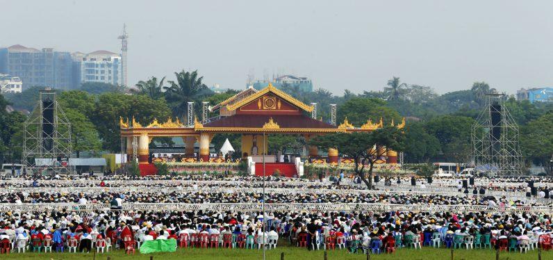 Pápež František v Mjanmarsku v roku 2017