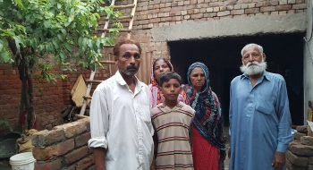 Amjad Arif s rodinou