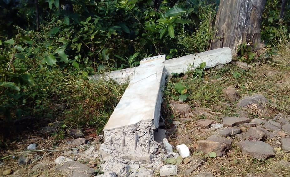 Zvalený kríž