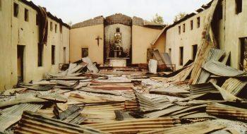Kostol svätého Jozefa v diecéze Maiduguri zničený teroristami z Boko Haram