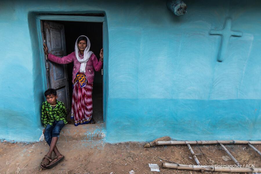 Veriacim v Indii pomáha aj omšový milodar